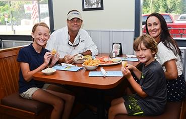 Musselwhites Seafood Grill East Palatka FL (61)